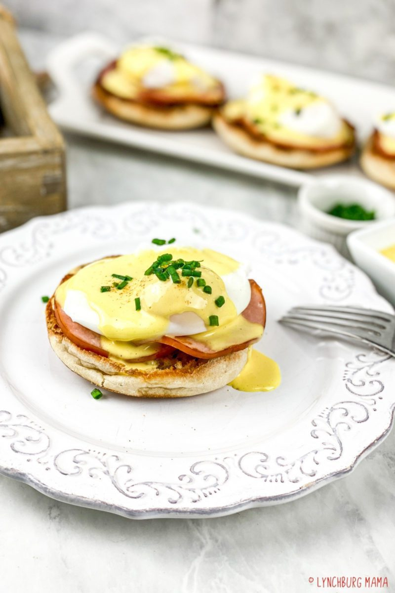 Eggs Benedict dishes often look difficult. But with a little practice and planning, you can whip up a batch in no time. These are perfectly paired with Hollandaise Sauce!