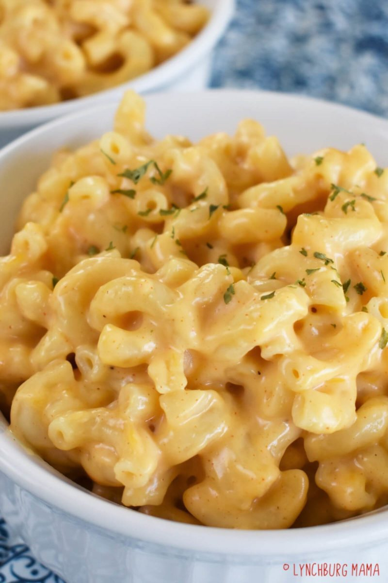 Bowl of IP Mac and Cheese ready to serve