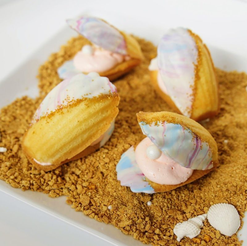 Oyster& PearlMadeleines- Cute and fun single-serve desserts