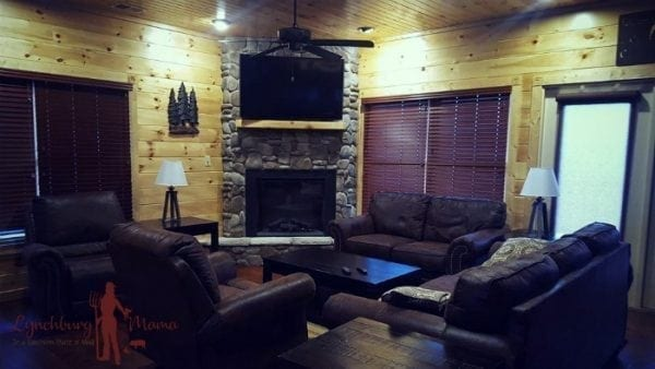 Gatlinburg Falls Resort - Cypress Lodge - Living Room